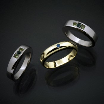 家族を見守る守護石の指輪